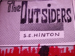 essays on the outsiders by s e hinton The outsiders by: s e hinton summary  suggested essay topics  the outsiders is a novel of conflicts—greaser against soc, rich against poor, the desire for.